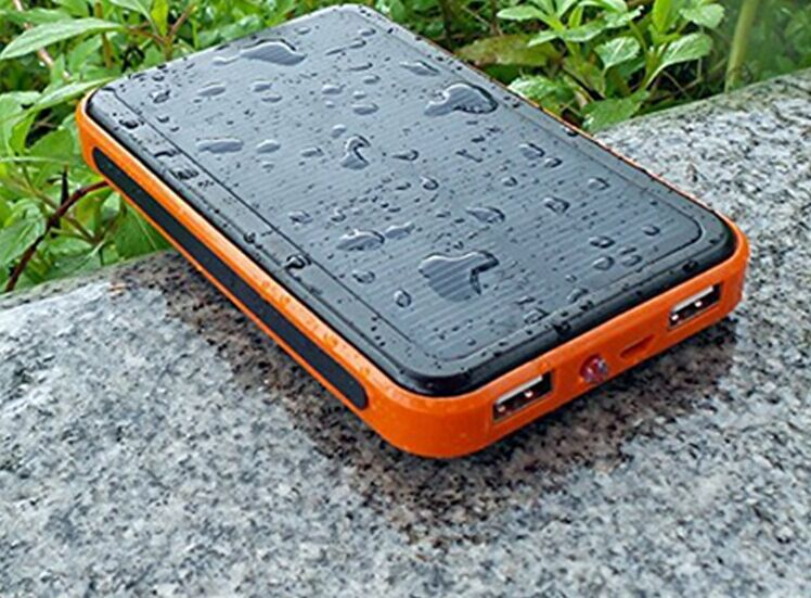 Waterproof-Power-Bank