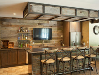 bar-stools-used-on-tv